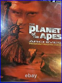 1967 PLANET OF THE APES VINTAGE 66 TRADING CARD SET In Binder And Pages