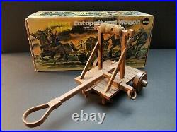 1974 Mego Vintage PLANET OF THE APES CATAPULT & WAGON SET Complete With BOX