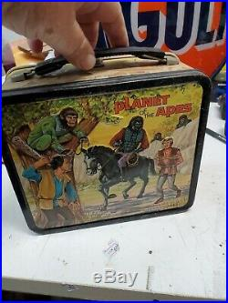 1974 PLANET OF THE APES TV SHOW Metal Aladdin Lunch Box with Thermos