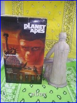 2015 Neca Planet Of The Apes LAWGIVER STATUE 517/1700 Complete boxed Reel Toys