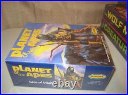 Aurora King Kong-WolfMan-Creature-Planet of the Apes Model Kits 1999