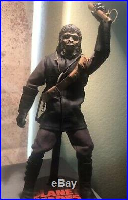 Custom 1 Of A Kind O Sideshow Planet OF The Apes Soldier 1/6 Soldier Figure