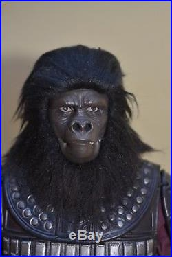 HOT TOYS 1/6th Scale PLANET OF THE APES General Ursus