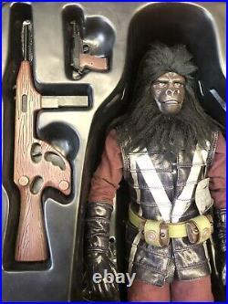 Hot Toys Mms89 Planet Of The Apes Gorilla Captain 1/6 Read Description