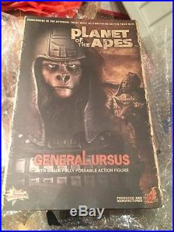 Hot Toys Planet Of The Apes General Ursus MMS87 1/6th Rare Figure