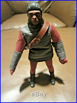 Mego Planet Of The Apes Soldier Ape Silver Tunic & Gloves- 1971 100% Orig