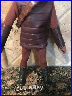 Mego Planet Of The Apes Solider Ape Maroon Tunic & Gloves 8 1971 Beauty T-1