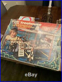 Minty Vintage Mego Planet of the Apes Treehouse 99% Complete