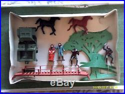 Multiple Toymakers Planet Of The Apes Playset 2