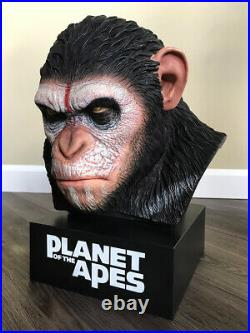 PLANET OF THE APES CAESER'S WARRIOR COLLECTION BLURAY BOX SET With STATUE NEW