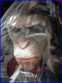 Planet Of The Apes Caesars Warrior Collection Sculpture Bust Packaging Damaged