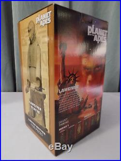 Planet Of The Apes Classic Neca Lawgiver Statue Numbered Ltd. Edition Sealed