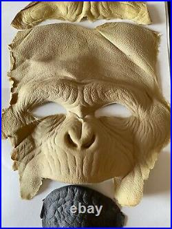Planet of The Apes 2001 Movie Prop Monkey Latex Prosthetic Appliance Set COA