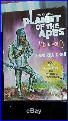RARE Vintage 1974 Mix N Mold PLANET OF THE APES Casting Set GENERAL URKO Sealed