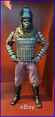 Rare Hot Toys Planet Of The Apes General Ursus Figure
