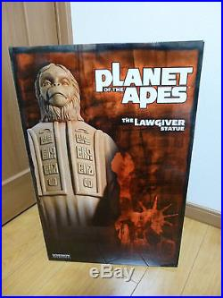 Sideshow LAWGIVER PLANET of APES 18 STATUE Figure new no used hot toys