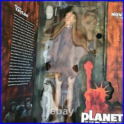 Sideshow POTA Planet of the Apes Slave Taylor and Nova 12 Action Figure Set NEW