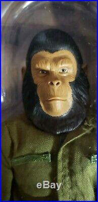 Sideshow Planet of the Apes CAESAR 12 16 figure MIB POTA