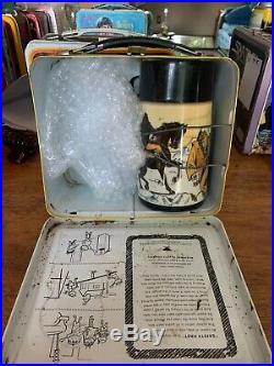 VINTAGE 1974 PLANET OF THE APES LUNCHBOX with THERMOS! 74