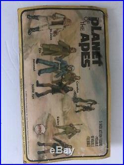 Vintage 1974 Bend N Flex Planet of the Apes Galen Figure Mego sealed On Card
