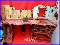 Vintage 1975 Mego Planet Of The Apes Forbidden Zone Trap Playset Used