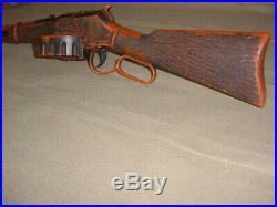 Vintage HTF Mattel Planet of the Apes Rapid Fire TOY Gun Rifle non ZERO