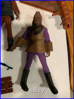 Vintage Huge Lot Of Mego Planet Of The Apes Figures & Some Accessories Wagon