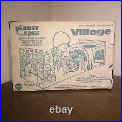 Vintage Mego Planet of the Apes Village Playset! NEAR COMPLETE